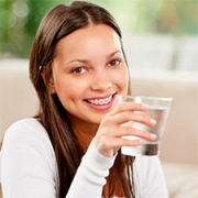 Why Your Braces Prefer Water Over Soft Drinks Thumbnail